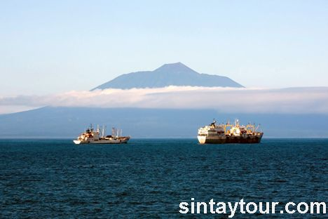 图片风光 >> 浏览图片  俄罗斯远东火山-爷爷岳和千岛群岛 分享到: 更